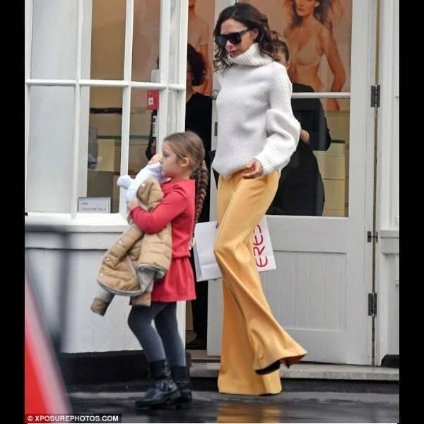 Harper Beckham with Victoria - CHLOÉ Girls Red Dress & Reversible Shearling Coat London April 2017