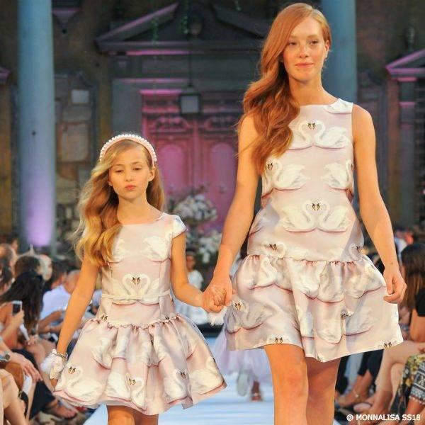 MONNALISA CHIC GIRLS MOMMY & ME PINK SWAN SATIN DRESS SS18