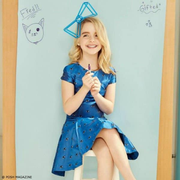 MCKENNA GRACE – KENZO GIRLS BLUE MINI ME EYE PRINT DRESS