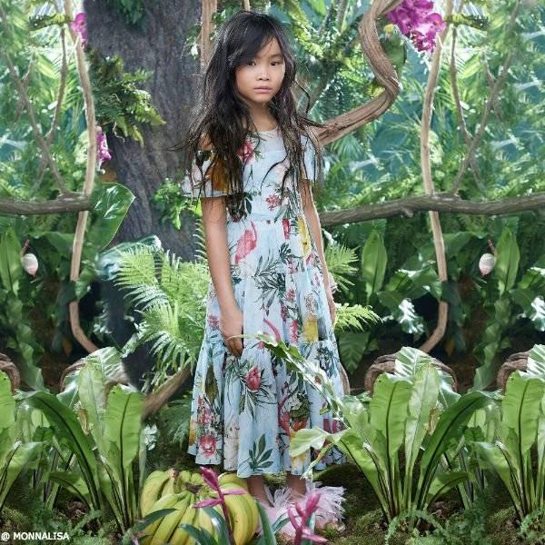 c6dfc87e0f8cba MONNALISA JAIKOO Mommy & Me Girls Blue Jungle Print Dress SS18 Fashion Show  · MONNALISA JAKIOO Girls Blue Cotton Dress