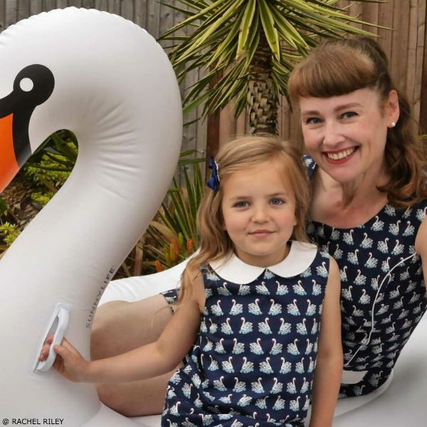 RACHEL RILEY Girls Mini Me Blue Swan Print Dress