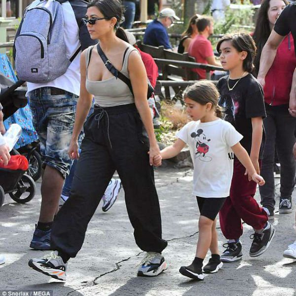 47e4addf3140 Penelope Disick - BALENCIAGA Kids Speed Sock Shoes Disneyland May 22 2018