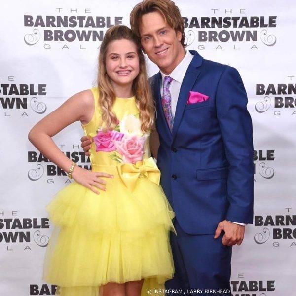 Dannielynn Birkhead - Junona Yellow Satin Tulle Roses Dress