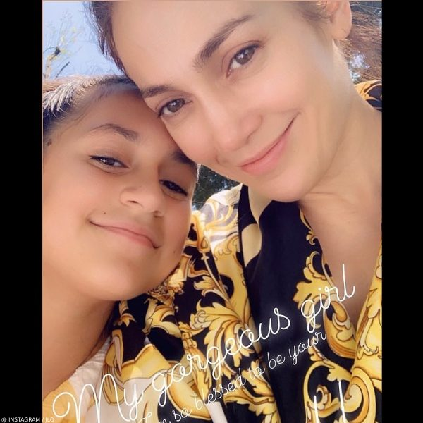 Jennifer Lopez Daughter Emme Muniz Mothers Day Versace Black Gold Borocco Print Mini Me Style