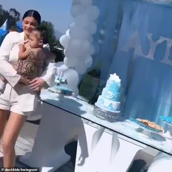 Kylie Jenner Stormi Webster Burberry Baby Girl Beige Vintage Check Dress