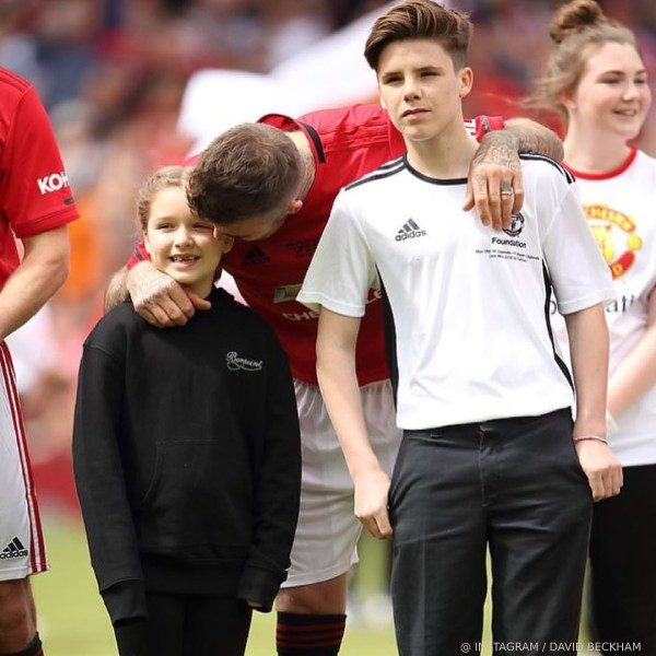 Harper Beckham Manchester United Charity Game Bonpoint Black Sweatshirt May 26