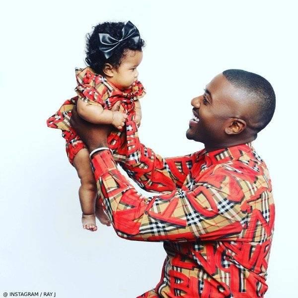 Ray J & Daughter Melody - Burberry Baby Girl Amy Mini Me Vintage Check Graffiti Dress