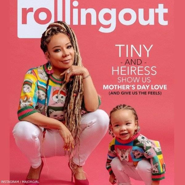 Tiny & Daughter Heiress - GUCCI Baby Girls Mini Me Pets Print Sweatshirt by Yuko Higuchi