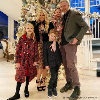 Jessica Simpson's Daughter Maxwell - Dolce Gabbana Girls Mini Me Red Wool Tweed Coat