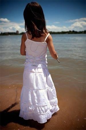 lamanblu holli gibson girls beach outfit