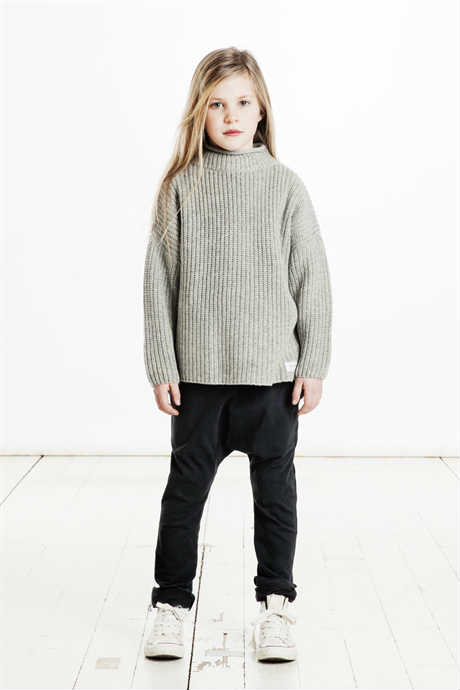 idigedenim Girls Black Remo Pant and Lucca Grey Sweater