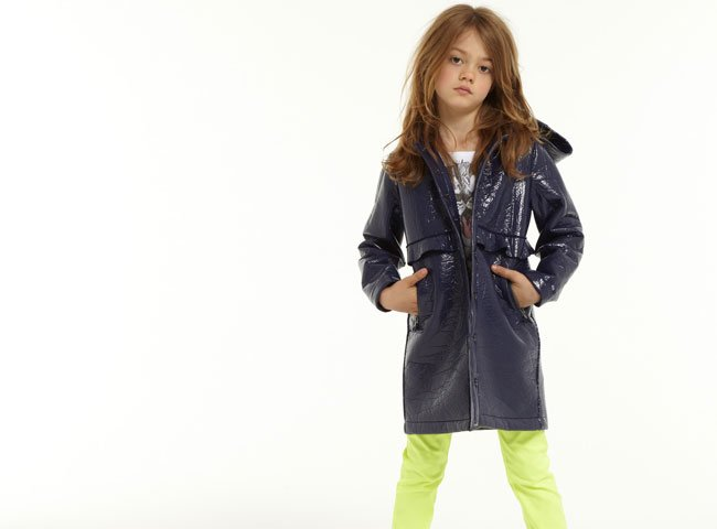 lili-gaufrette-girls-blue-raincoat-ss15
