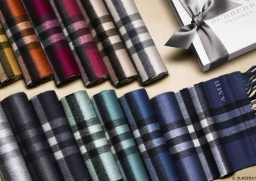 Burberry Childrens Cashmere Scarfs Traditional Check