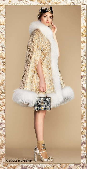 Gold Brocade Cape Dolce & Gabbana Sparkling NIghts Collection