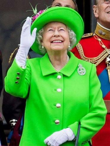 Queen Elizabeth 90th Birthday - Neon Green Look