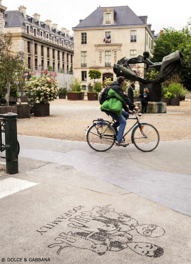 Dolce Gabbana DGFamily Graffiti Paris