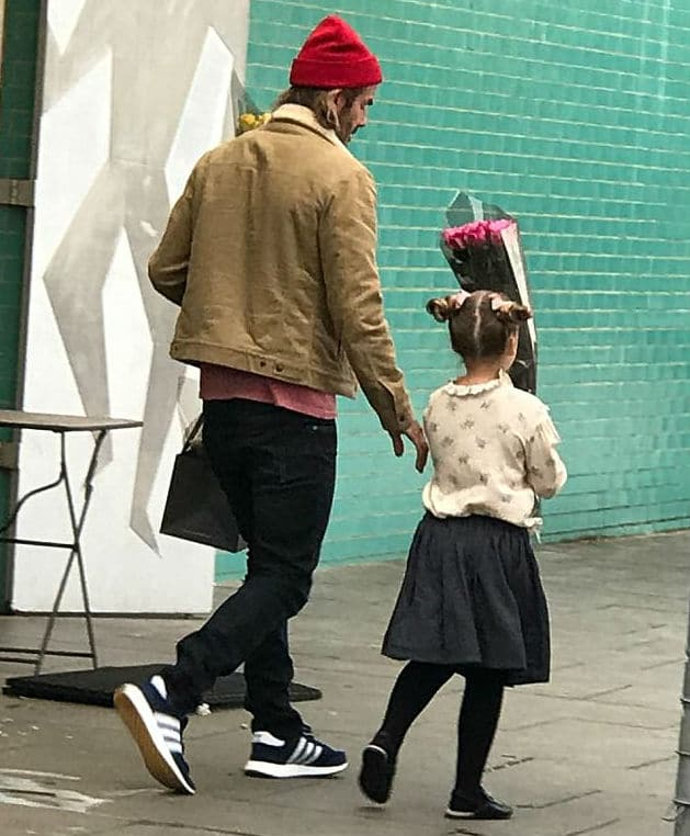 Harper and David Beckham Buying Flowers in London Sept 17 2017
