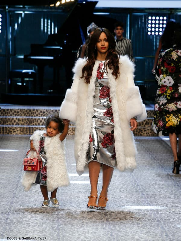 Mommy and Me Model Dolce and Gabbana Fall Winter 2017-18 Fashion Show