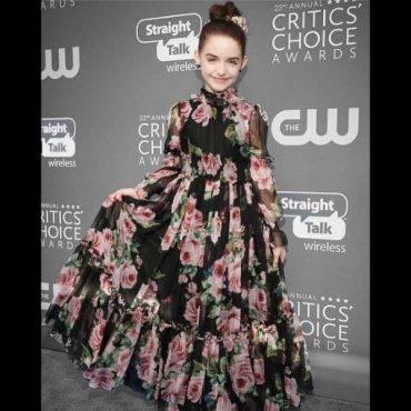 McKenna Grace DOLCE & GABBANA Black Silk Rose Print Dress People Choice Award 2018