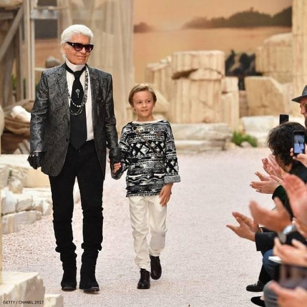 Karl Lagerfeld Hudson Kroenig Chanel Cruise 2017 Paris France